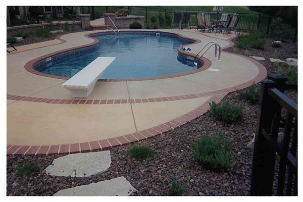 Paver Pool Border