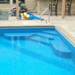 Corner Swimming Pool Step with Benches and Liner Covering WI