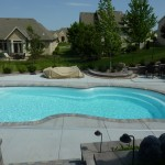 Waukeha, WI Fiberglass Swimming Pool with Stone Coping