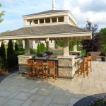Outdoor Kitchen with Bar & Grill