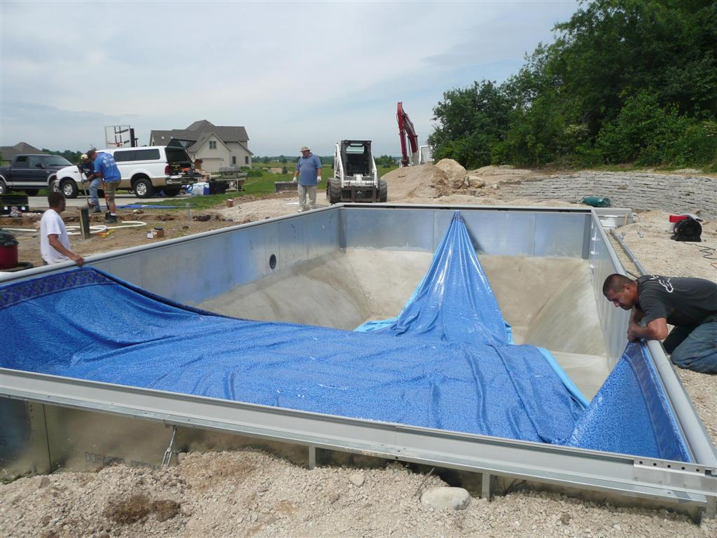Vinyl liner pool construction installation process for Vinyl swimming pool