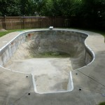 Straight Walled Vinyl Liner Pool is Drained and Preped in Mukwonago