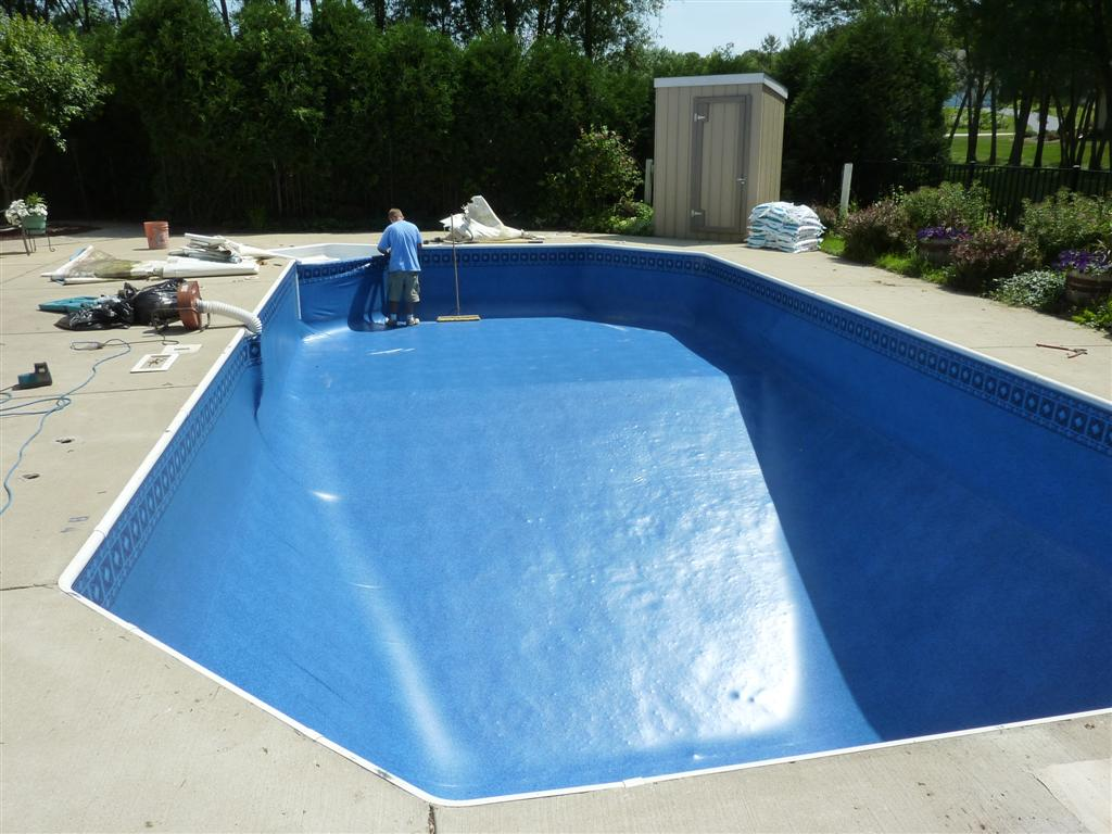 Swiming pool design liner replacement roselawnlutheran for Inground pool liners