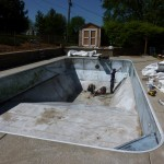 Vinyl Liner Removed from Brookfield Swimming Pool