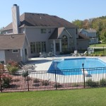 Grecian Vinyl Liner Pool with Pool House
