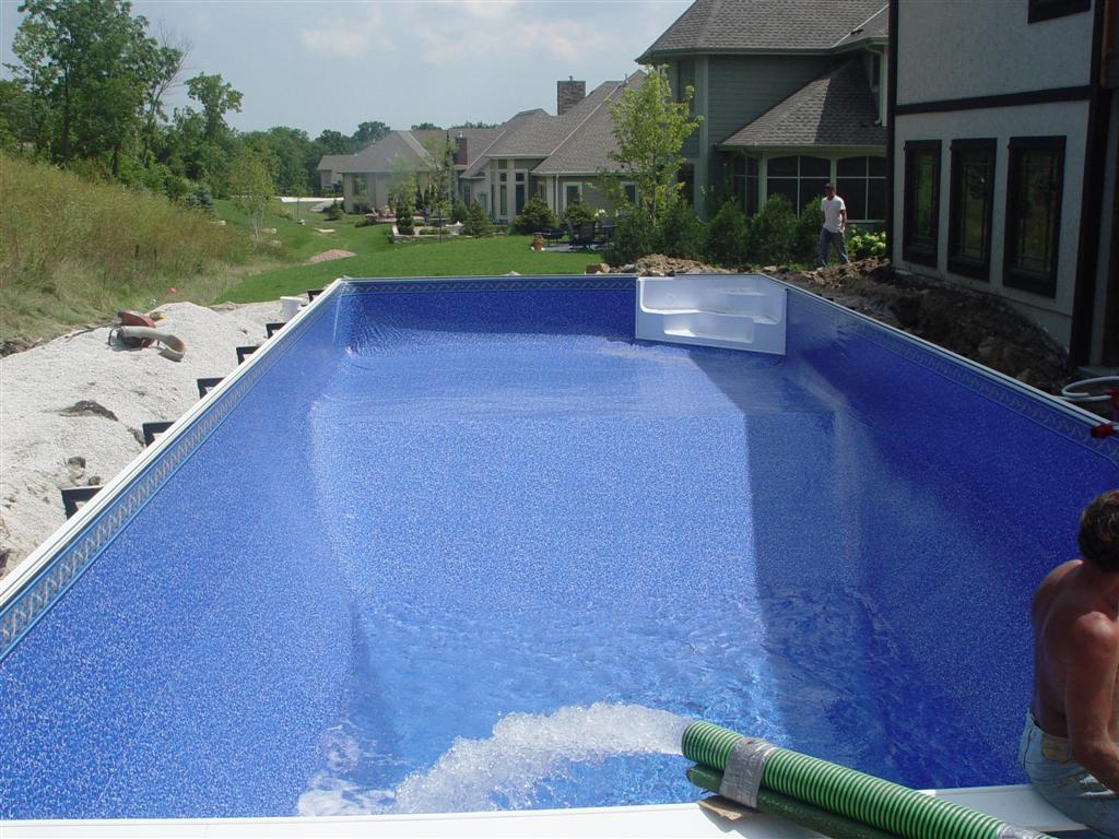 Fill Vinyl Liner Pool with Water, Menomonee Falls, WI