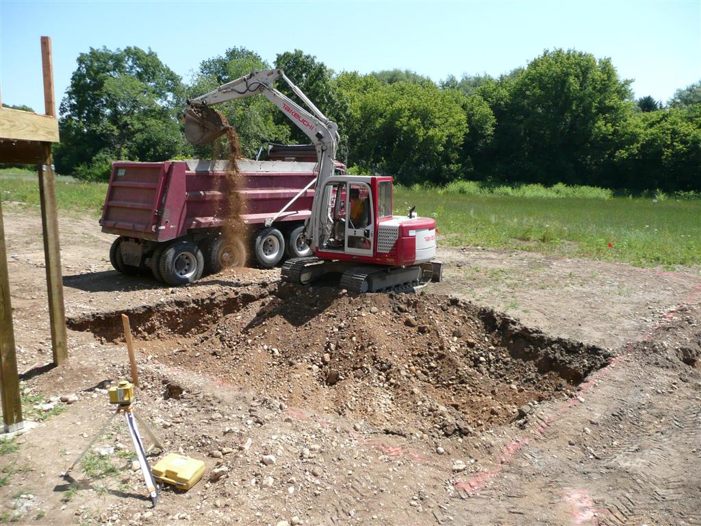 Removing Dirt From Your Backyard and the Job Site, Lisbon, WI