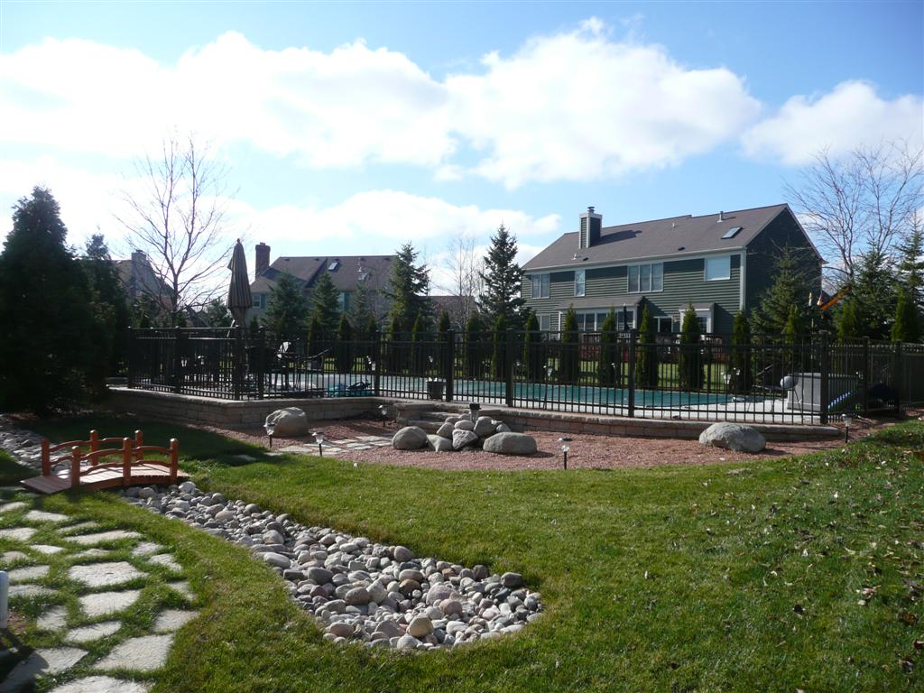 Pool Contractor New Berlin WI